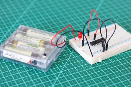 Programando PIC16F628A para piscar um LED