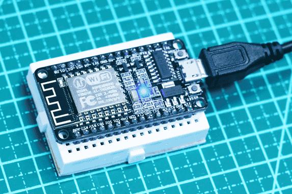 NodeMCU - Controle e monitoramento IoT