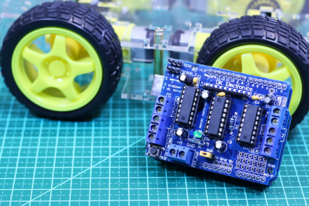 Vídeo: Robô com motor shield – Parte 1