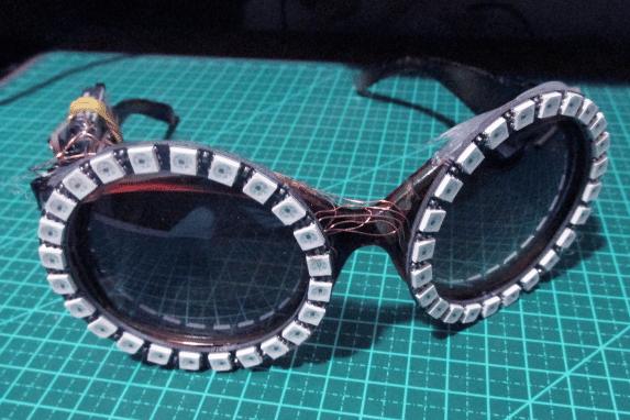 oculos_com_leds_enderecaveis